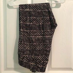 TC LulaRoe leggings - black/grey design